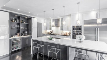 Modern White & Grey Kitchen Design Oakville