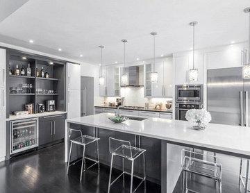 Modern White & Grey Kitchen Design Oakville