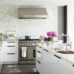 modern kitchen by Croma Design Inc