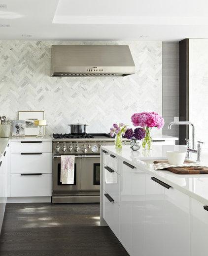 modern kitchen by Croma Design Inc