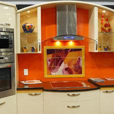 Modern Kitchen by Pacifica Tile Art Studio