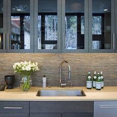 Modern Kitchen by Gardner/Fox Associates, Inc