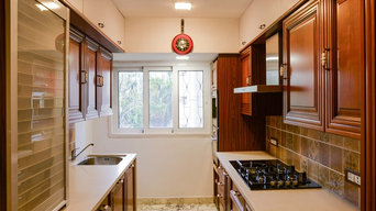 Modular Kitchen in Solid Wood Finish