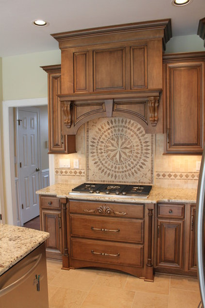 Traditional Kitchen by Southern Kitchens, Ltd. Co