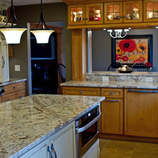 Traditional Kitchen by Kitchen Concepts, Inc.