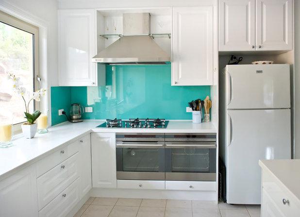 Contemporary Kitchen by Kitchen Update Interior Design