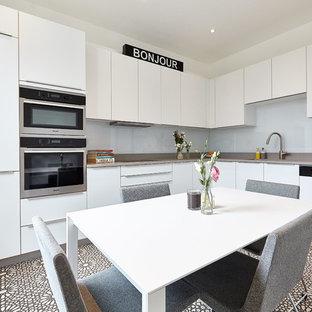 Monchrome Apartment