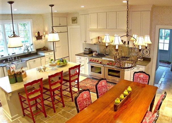 Traditional Kitchen by M. Woodruff/ American Cedar & Millwork/ Maryland