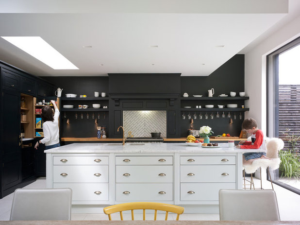 Traditional Kitchen by The Vawdrey House