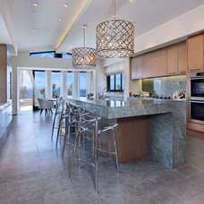 Beach Style Kitchen by Shelley Starr Design