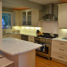 Traditional Kitchen by Cucina di Cannelora