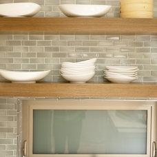 Contemporary Kitchen by Maienza - Wilson Interior Design + Architecture