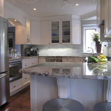 Traditional Kitchen by Marie Hebson's interiorsBYDESIGN Inc.