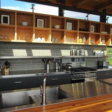 Modern Kitchen by CORE Architects