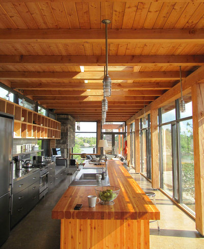 Rustic Kitchen by CORE Architects