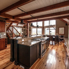 Rustic Kitchen by Yankee Barn Homes
