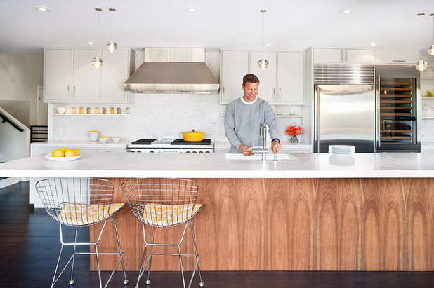 Midcentury Kitchen by Jennifer Weiss ArchitectureBar Stools  What Style  What Finish  What Size . Should Your Bar Stools Match Your Dining Chairs. Home Design Ideas