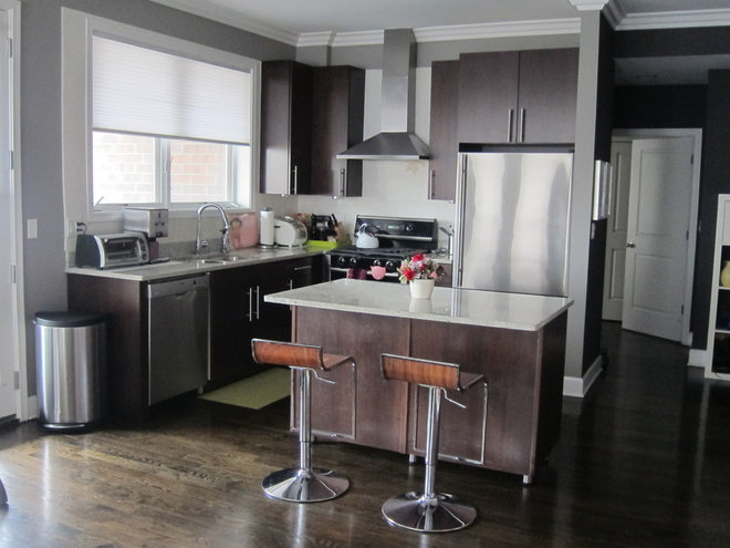Contemporary Kitchen by Gia Lee, dress up files