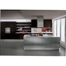 Contemporary Kitchen by Metro Door Aventura / Metro Door Brickell