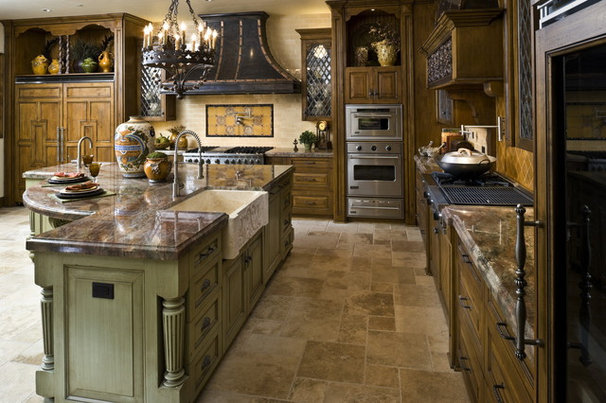 Traditional Kitchen by Dallas Design Group, Interiors