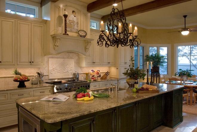 Eclectic Kitchen by Susie Johnson Interior Design, Inc.