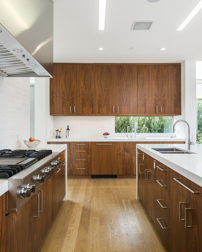 Modern Kitchen by Dunn Architecture Studio