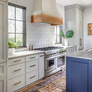 Foto på ett medelhavsstil kök