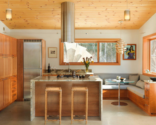 Small Rustic Eat In Kitchen Photos   Inspiration For A Small Rustic L Shaped