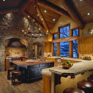 Mountain Formal - Kitchen
