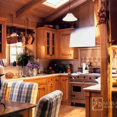 traditional kitchen by Maraya Interior Design