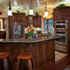 Rustic Kitchen by Satterwhite Log Homes
