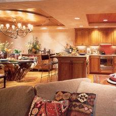 Contemporary Kitchen by Hayslip Design Associates