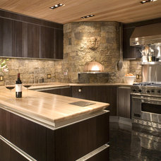 Contemporary Kitchen by ROWLAND BROUGHTON ARCHITECTURE & URBAN DESIGN