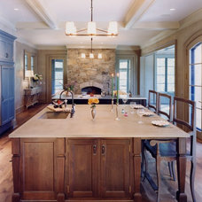 Traditional Kitchen by Wright-Ryan Homes
