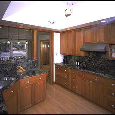 Contemporary Kitchen by Nunley Custom Homes