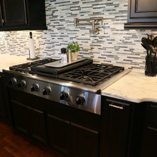 Traditional Kitchen by ARCH CITY GRANITE & MARBLE, INC.