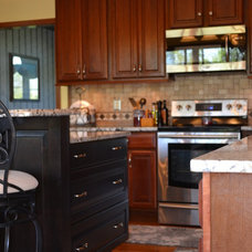 Traditional Kitchen by Lou Vaughn Remodeling