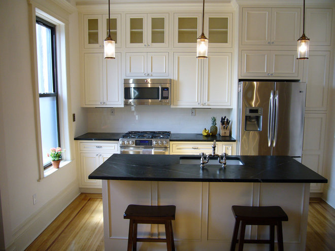 Traditional Kitchen by Brooklyn Limestone