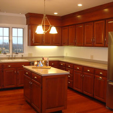 Traditional Kitchen by MODERN RENOVATIONS