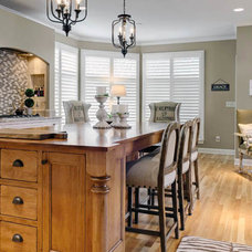 Traditional Kitchen by Housetrends Magazine