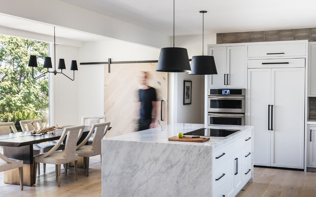 Contemporary Kitchen by JAC Interiors