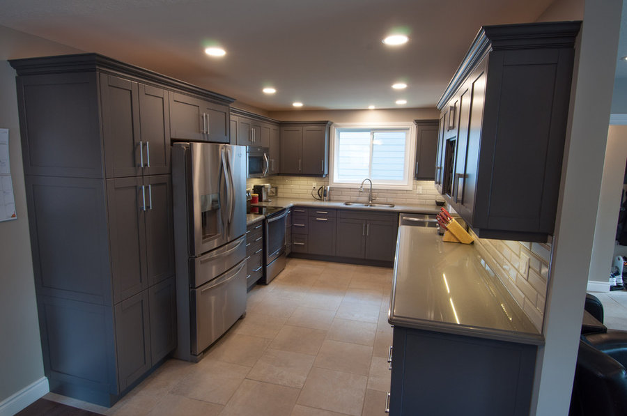 Mullin Transitional Kitchen