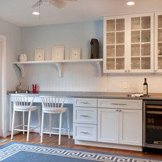 Eclectic Kitchen by Grossmueller's Design Consultants