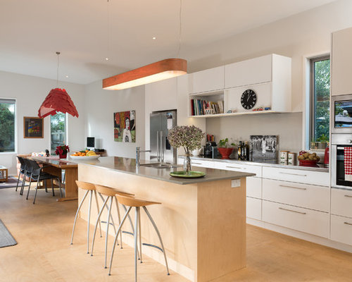 Beach Style Hamilton Kitchen Design Ideas Remodel Pictures Houzz