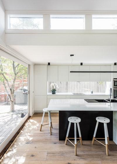 Modern Kitchen by AD DESIGN DEVELOP