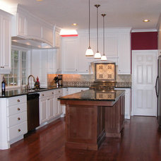 Traditional Kitchen by Ridgecrest Homes