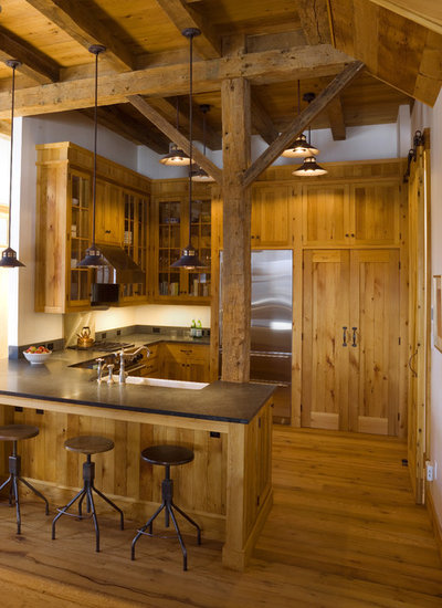 Rustic Kitchen by Birdseye Design