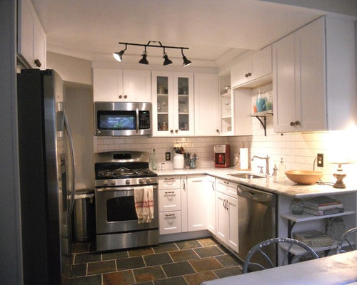 Small kitchen flooring houzz for 6 ft kitchen ideas