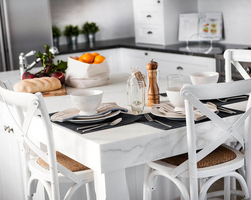 Inspiration for a farmhouse eat-in kitchen remodel in Perth with a ...