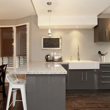 Contemporary Kitchen by Realty Queen Toronto